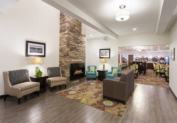 Holiday Inn Express Amp Suites Wyomissing Visit Pa Americana