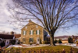 Farm House Bed & Breakfast at Golden Oaks